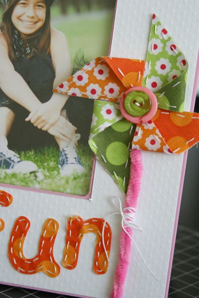 Fabric_GirlsRoom_frame_detail1