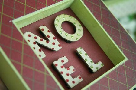 Noel_frame_trio_detail2