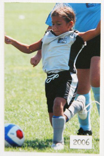Alyssa_soccer_2006