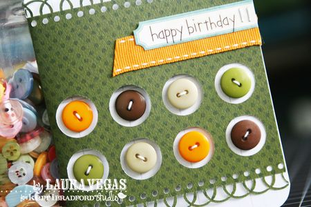 Laura_HappyBirthday_BoyButtons_detail1