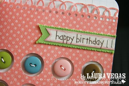 Laura_HappyBirthday_GirlButtons_detail3