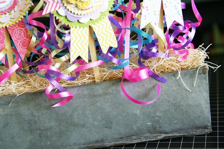 LauraVegas_BirthdayGirl_PaperAwardRibbons_AlteredProject4