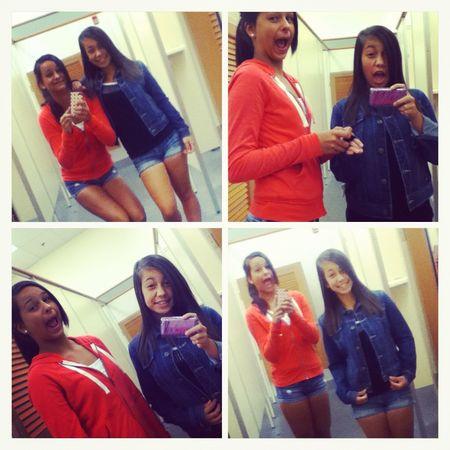 Girls_Shopping4