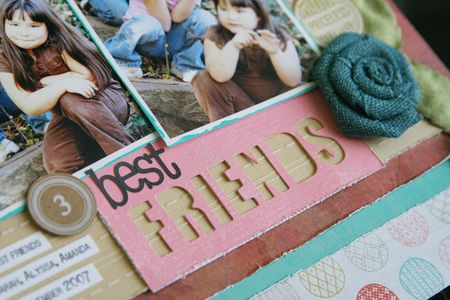 LauraVegas_JBS_3BestFriends_detail3