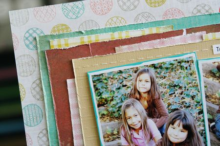 LauraVegas_JBS_3BestFriends_detail1