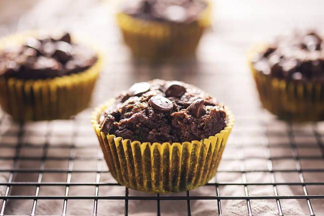 Low-Carb-Chocoalte-Zucchini-Muffins-3