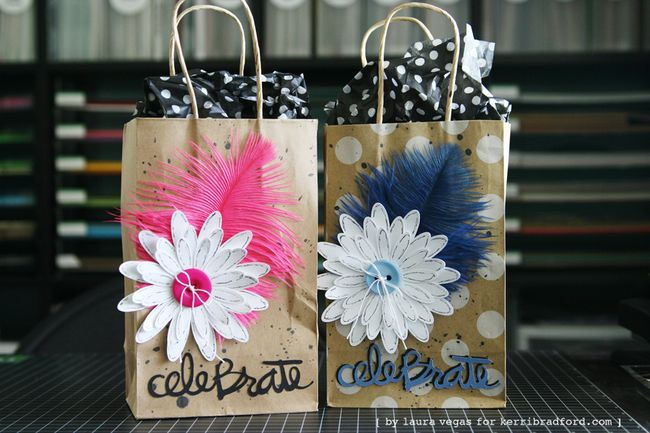 KBS_LauraVegas_Feather_GiftBag_2