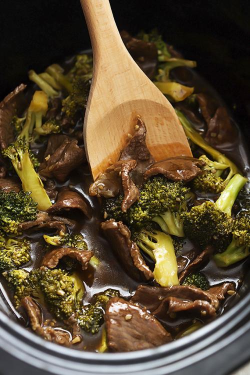 Slow-cooker-beef-broccoli-1